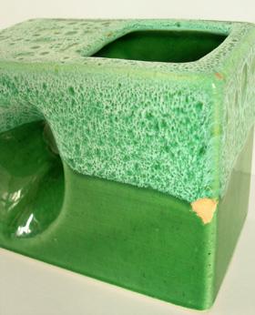 ac0083 陶器のフラワーベース