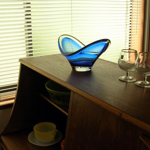 ブルーのガラスベース ビンテージ