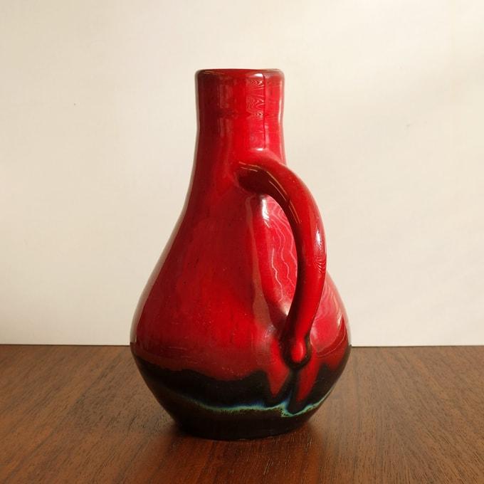ヴィンテージ陶器フラワーベース 赤