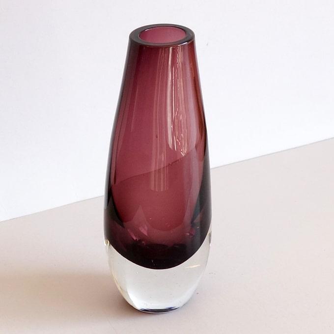 ヴィンテージのガラス花瓶