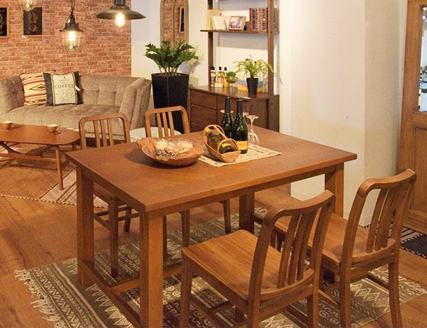 ヘリンボーン柄テーブルのダイニングセット