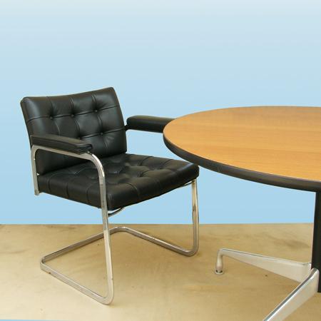 ft0258革張りミーティングチェアmobilia*amber designビンテージ北欧家具雑貨インテリア通販アンバーデザイン