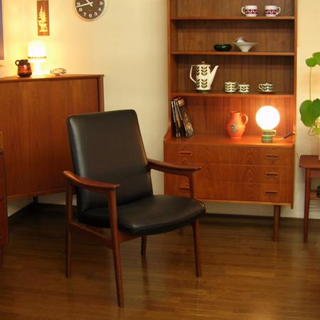 デンマークのイージーチェアブラックレザーamber designビンテージ北欧中古家具アンティーク雑貨インテリア通販