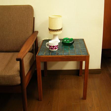 ビンテージタイルトップサイドテーブル 北欧中古家具通販アンバーデザイン