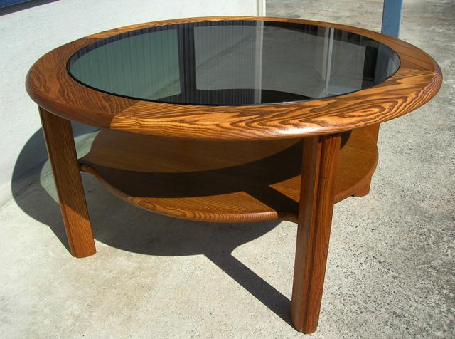 G-PLANガラステーブル