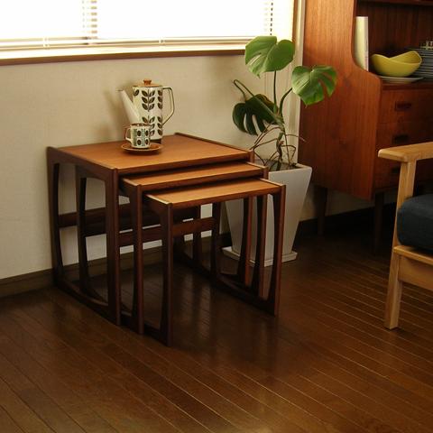 ヴィンテージ木製テーブル