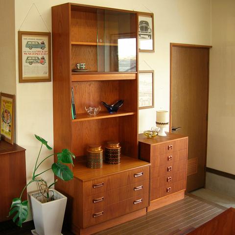 ヴィンテージ家具G-PLAN棚