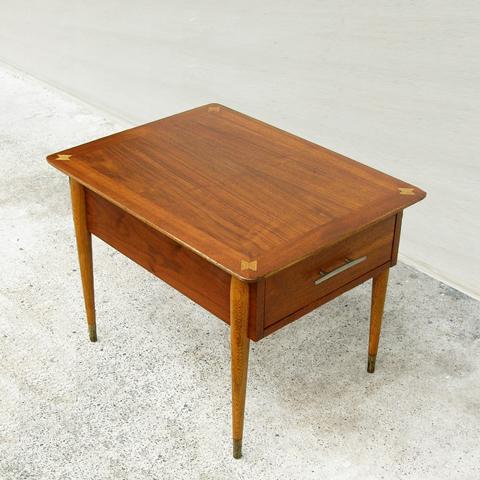 ヴィンテージ・サイドテーブル