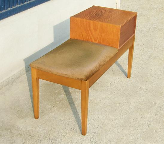イギリスアンティーク家具 電話台付き椅子