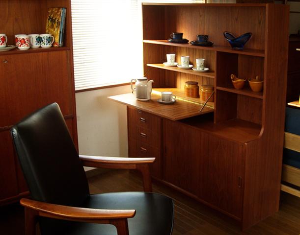 北欧家具 ビンテージ食器棚