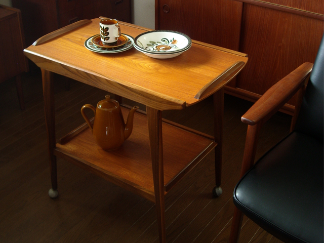 ビンテージ チーク ワゴンテーブル