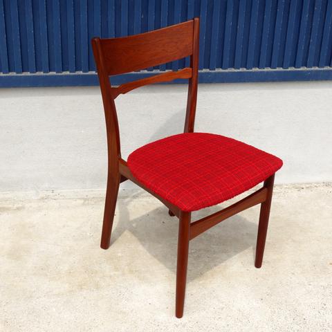 赤ファブリック椅子 ビンテージ