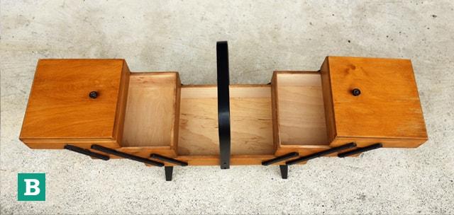 ビンテージ木製ソーイングボックス B