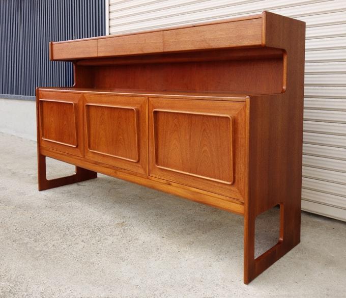MacIntosh家具 サイドボード
