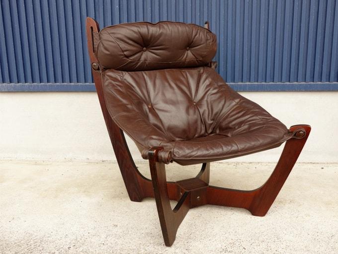 イエリアーダLUNAチェア 北欧ビンテージ椅子