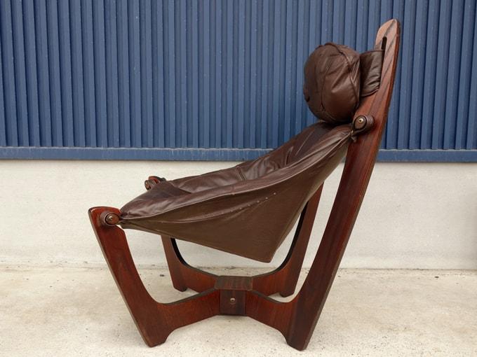 ビンテージ本革椅子 LUNAチェア