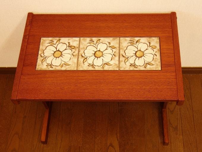 北欧タイルトップテーブル 花柄