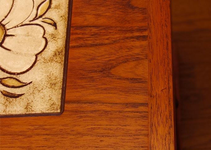 ビンテージタイルテーブル 状態
