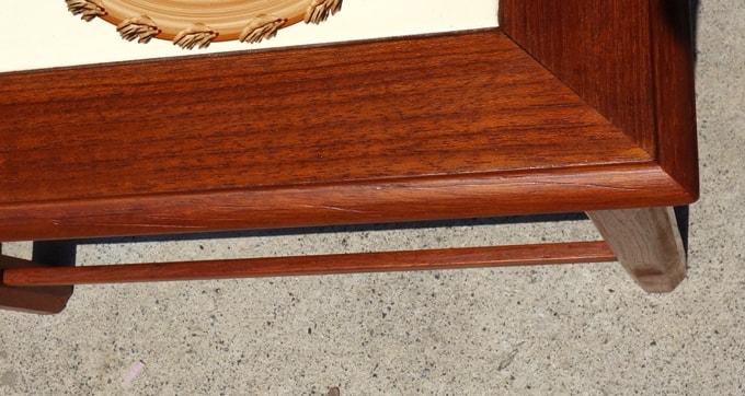 ビンテージ木製テーブル淵