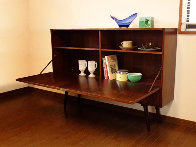 ローズウッドのサイドボード 北欧ヴィンテージ家具