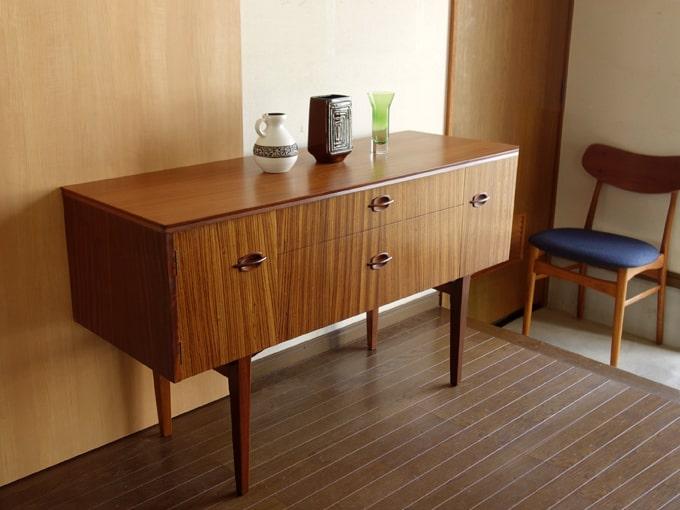 ヴィンテージ木製サイドボード イギリス家具