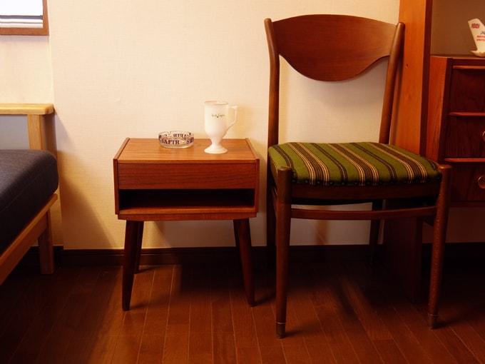 ヴィンテージのミニサイドテーブル