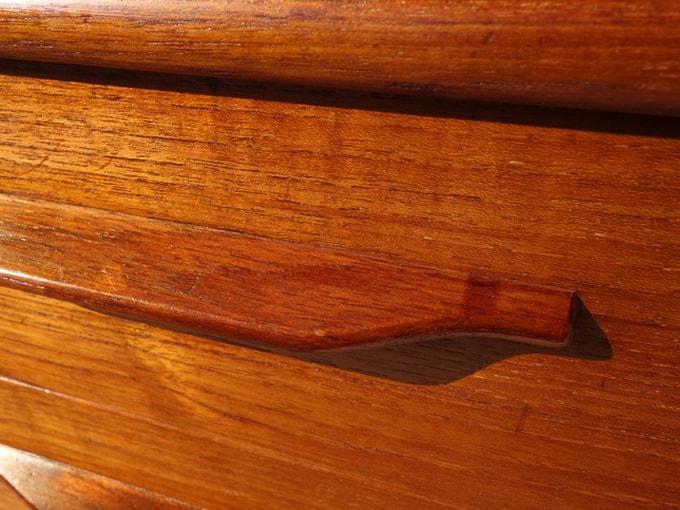 ヴィンテージ木製ミニチェストひきだし表面