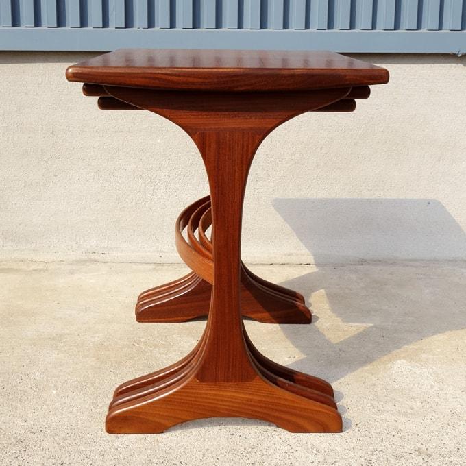ヴィンテージ木製ネストテーブル側面