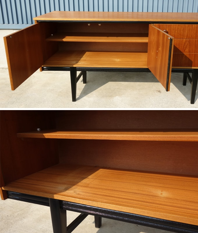 ヴィンテージ木製サイドボード 扉収納内部