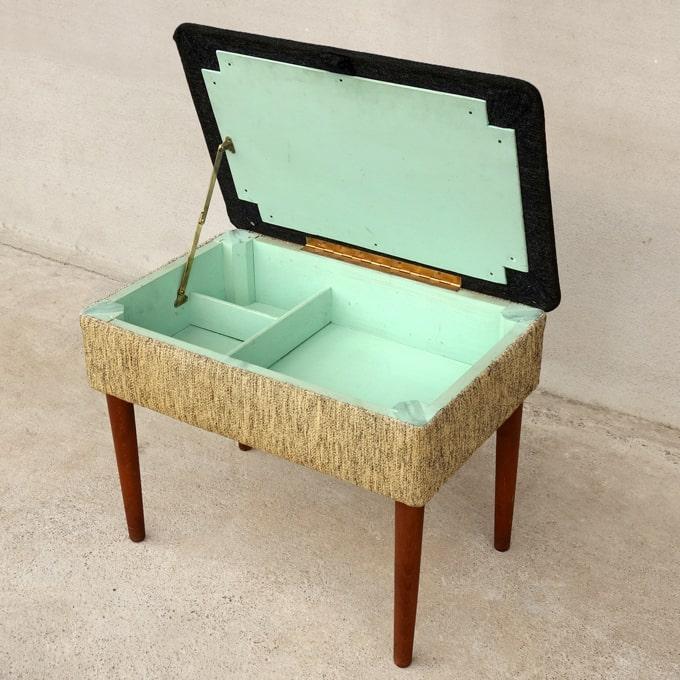 収納できる椅子(スツール)北欧ビンテージ