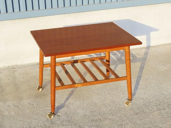 ヴィンテージの木製サイドテーブル