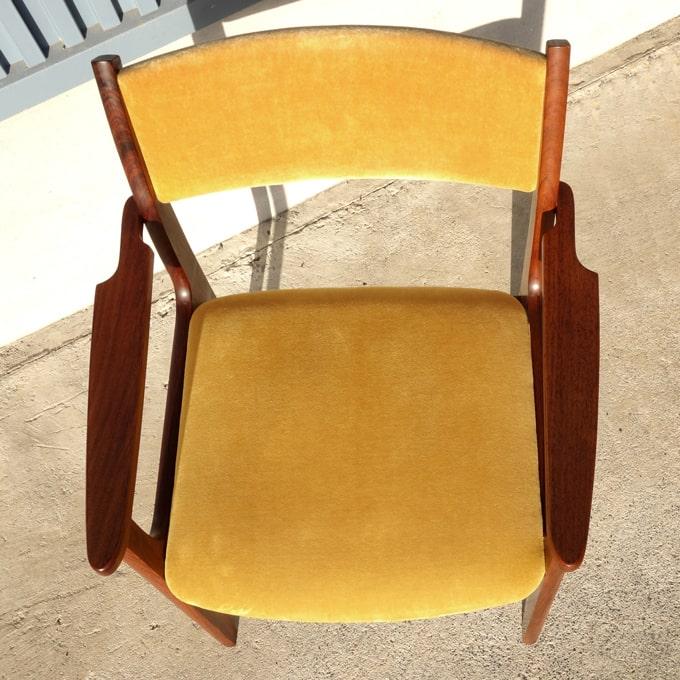 ヴィンテージ椅子 マスタードイエロー座面