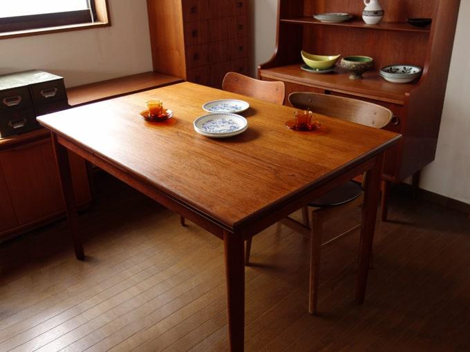 北欧ヴィンテージ木製ダイニングテーブル