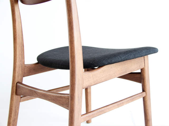 椅子の細部までデザインにこだわり