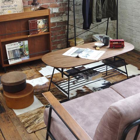 ウォールナット材使用の鉄脚コーヒーテーブル
