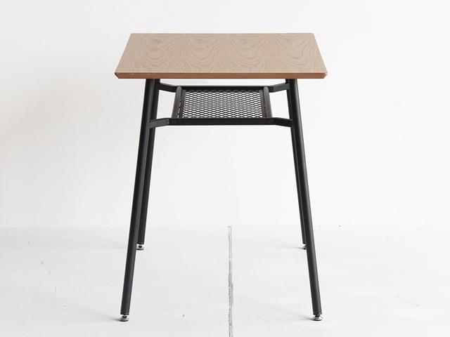 アイアンレッグのダイニングテーブル幅90cm