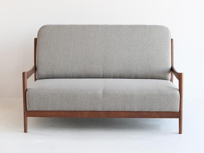ファブリック張り2人掛けソファ