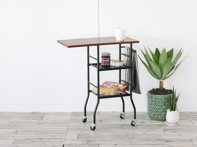 ウッド天板と鉄脚の折り畳み式ワゴンテーブル