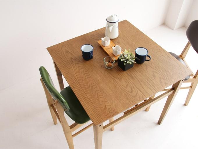小さい正方形ダイニングテーブル オーク