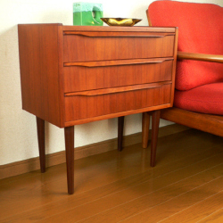 ft0185北欧の木製ナイトテーブル *amber design*北欧家具やビンテージ雑貨等のインテリア通販