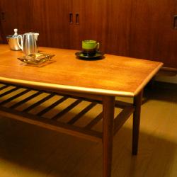 ft0205オランダのマガジンラックテーブル*amber design*北欧家具やビンテージ雑貨等のインテリア通販