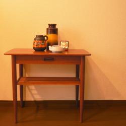 ft0257デンマークのナイトテーブル