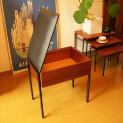 ft0138イギリス製チークガラスキャビネット ミラーバック  *amber design北欧中古家具やビンテージ雑貨の通販