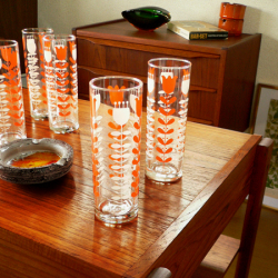 tw0182レトロ柄ゴールドプリントゴブレット*amber design*北欧家具やビンテージ雑貨等のインテリア通販
