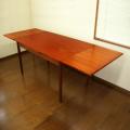 デンマークのエクステンション(天板伸長)ダイニングテーブル