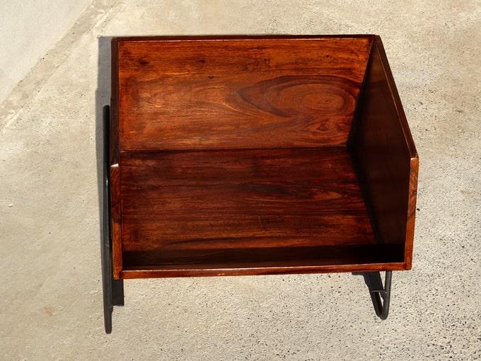 木箱スタンド 黒鉄脚付き