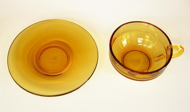 アンバーガラスカップ&ソーサーadelex