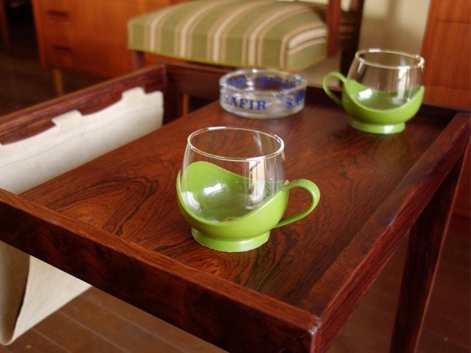 ヴィンテージのガラスカップ&ホルダー グリーン