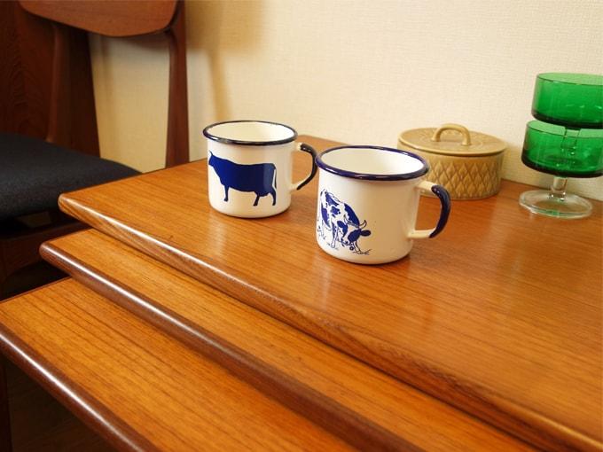 アンティークのホーロー食器マグカップ