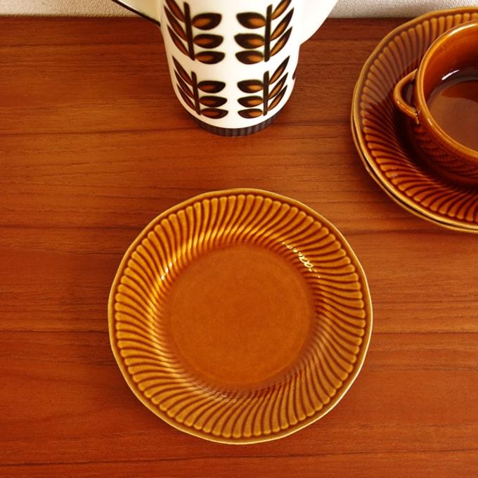 BOCHヴィンテージ皿 キャラメルブラウン